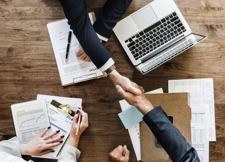 ビジネスモデルの作り方:ビジネスの支援者